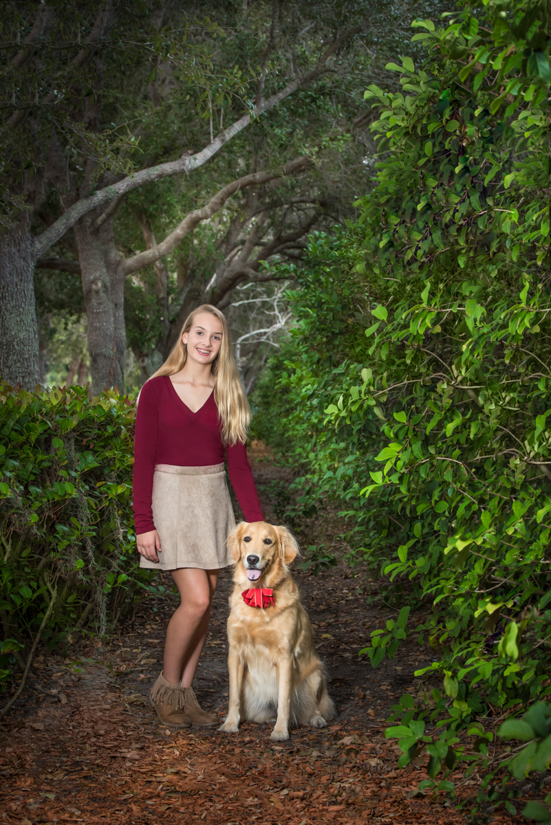 Large pet photographer in Royal Palm Beach Gardens, FL.